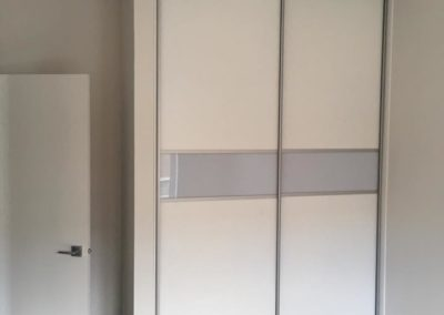 Simple closet sliding doors