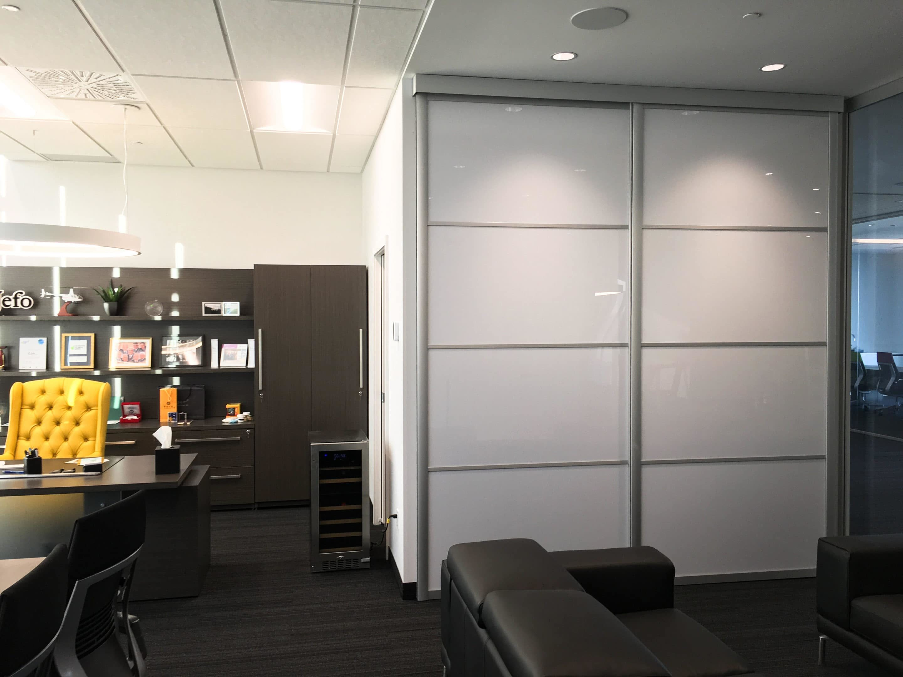 Suspended Doors Aluminum Sliding Systems In Montreal Alumcomplete