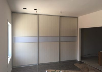 Melamine and acrylic sliding doors for closet