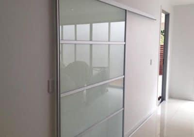 portes coulissante pour separer les chambres en verre blanc