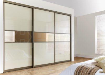 Portes coulissantes avec verre et miroir