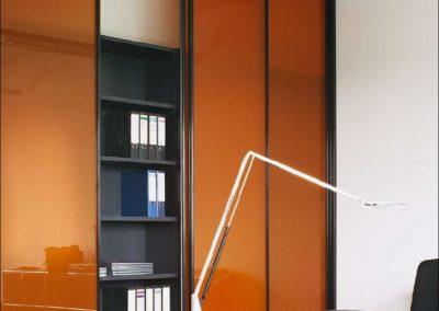 portes coulissantes en verre orange