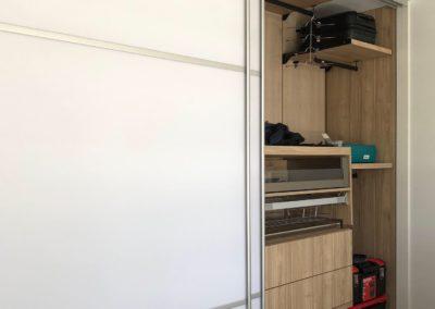 portes de placard en acrylique blanc mat