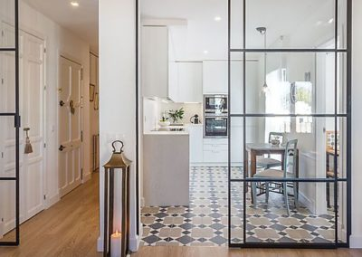 transparent glass sliding doors